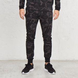 Nike Tech Fleece Jogger Pants In Camo 682852